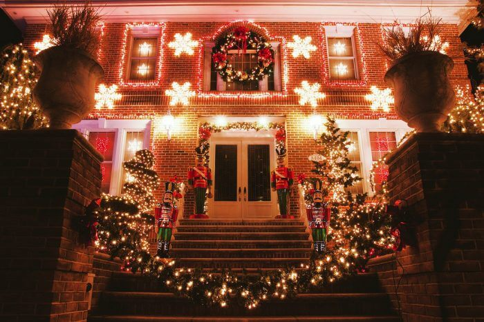 One Of The Many Houses At The Dyker Heights Christmas Lights. (Source:  Flickr, Alex Fitzpatrick)