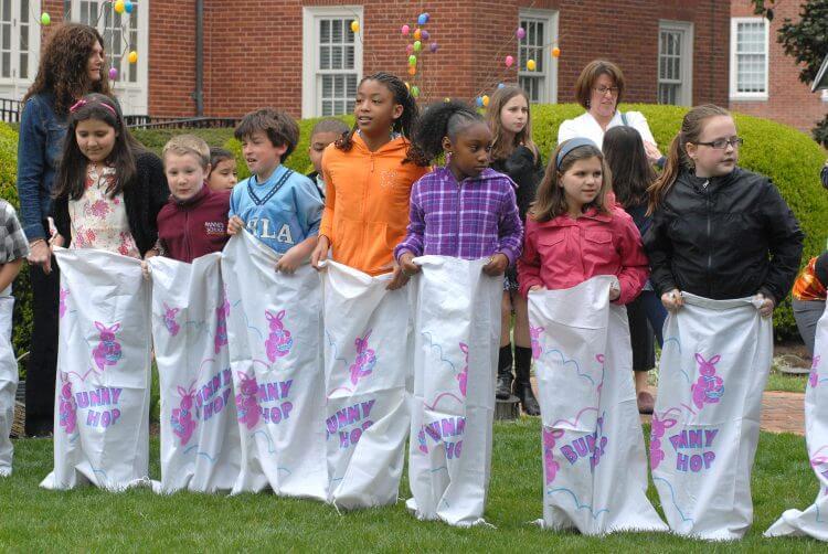 Children prepare for an Easter event. (Source: Flickr, MarylandGovPics)